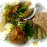 rillettes de porc et aspic de jambon, oeufs de caille - Les éphémères