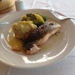 saumon avec ecrasee de pdt et brocolis