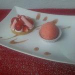 Déclinaison autour de la fraise: tartelette fraise et mascarpone sur sablé et sorbet fraise citr