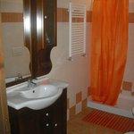 camera - tutte con bagno con doccia privato e connessione internet wi-fi gratuita