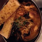 Asian style hot pot w/mussels, prawns, cod & salmon
