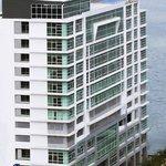 Hotel Grandis' exterior building