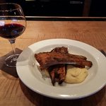 Ribs and wine for a late afternoon snack