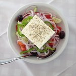 Greek salad 7 euros