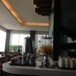 breakfast restaurant in lobby