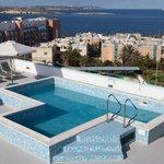 Pool (97830641)