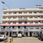Rabi Hotel & Safaris