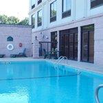 Very nice pool.
