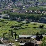 Sicht auf Marlena Nova, Meran und auf die Pferderennbahn