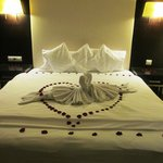 Romantic package welcome decor