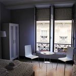 Habitación Triple Superior: Iluminación y ventilación natural