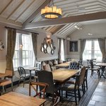 The Strafford Arms resmi