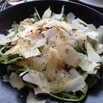 Salade d'artichauts, roquette et parmesan