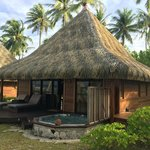 Beach bungalow with private JACUZZI