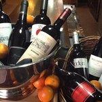 Grandes vinos y cavas......