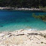 blågrönt vatten
