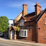 Sunny day in Goring High Street
