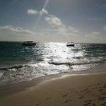 La playa de mañana temprano