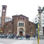 estilo romanico da chiesa de san babila