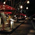 mysigt vid strandrestaurangen på kvällen!