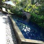 pool in e villa