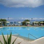 Belvedere Pool (adjacent sister hotel)