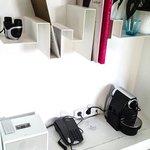 Ein paar Gadgets - Fernglas, Nespresso und iPhone Radio