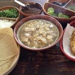 El mejor menudo estiló Sinaloa con pan(tostado con mantequilla)o tortillas