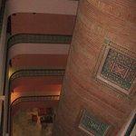 Couloir vue du 5e étage.