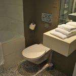 Efficient clean rooms