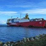 Ferry atracado em Puerto Natales