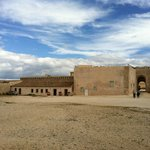 Castello Maniace, interno del piazzale antistante