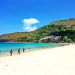 Пляж Nai Harn 2