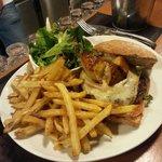 L'hamburger d'Alex : une tuerie !!!! Quoi vous dire à part d'aller le déguster !!!