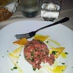 Tartare di manzo + Olive di Kalamata