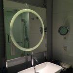 Sink & Glass Mirror