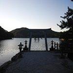 13.10.12【和多都美神社】満潮時の鳥居②