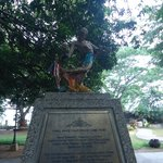 statue memorial
