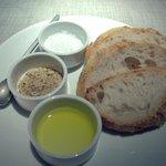 Pre-dinner meal bread