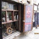 Marco Polo souvenir shop