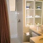 Main Lodge Room 264 Bathroom