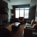 Livingroom (from Kitchen)