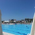 Zwembad en glijbanen Kahya resort