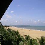 ... ein Strandblick vom Balkon aus