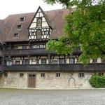 Innenhof und Haupthaus