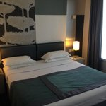 Bed Room Deluxe 210