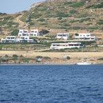 Hotel Nefeli visto dalla barca