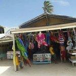 Mercado en la playa cerca de Vik Areana Blanca (agosto 2013)