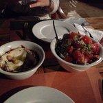 Hommos und Al Makan Salat