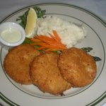 crab cakes and mash